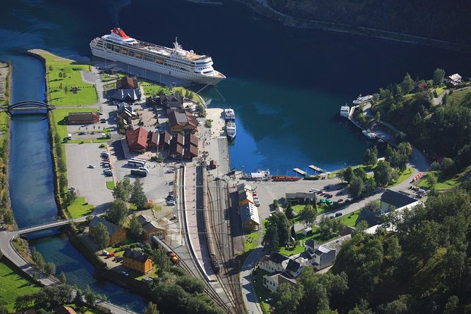 Day tour to Flam - incl Sognefjord Express Cruise and Flam Railway