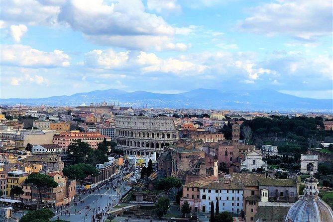 1 Day in Rome: 10 Iconic Sights, Luxury Car, Skip the line, Lunch, 100% Private