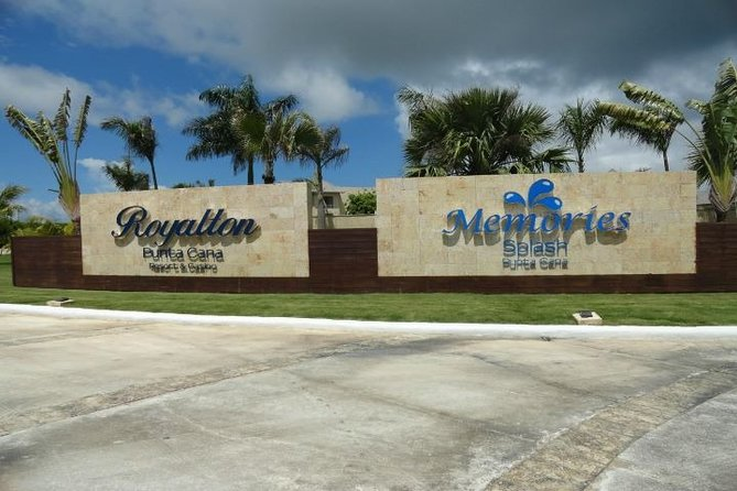 Punta Cana (PUJ) TRANSFER to ROYALTON ALL RESORTS ROUND TRIP