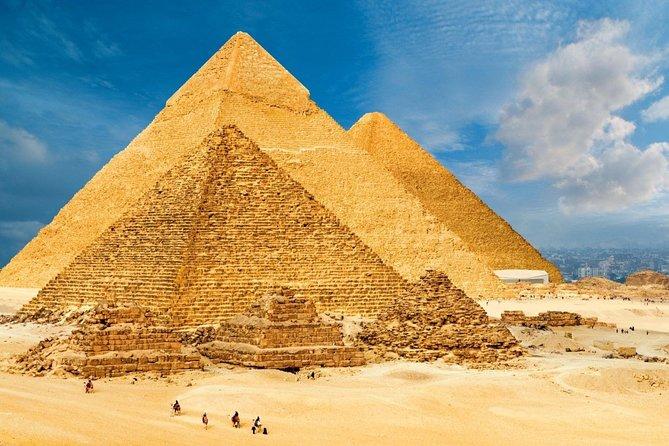 Private Tour to Giza Pyramids & Sphinx, Saqqara & Dahshur