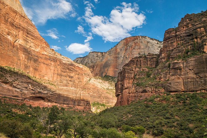 Grand Canyon, Monument Valley and Zion National Park 3-Day Tour