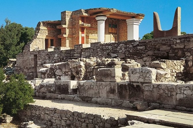 Knossos and Lassithi, full day professional guided coach tour