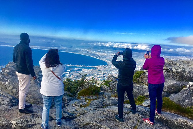 PRIVATE TOUR: Table Mountain, Boulder's/ Penguins Colony & Cape of Good Hope