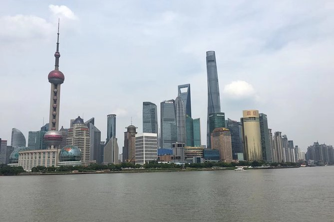 Private Layover Day Tour in Shanghai: Bund, Yu Garden, Xintiandi and More