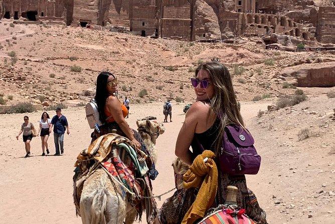 Circuit Privé d'Amman à Petra avec une balade à dos de chameau.
