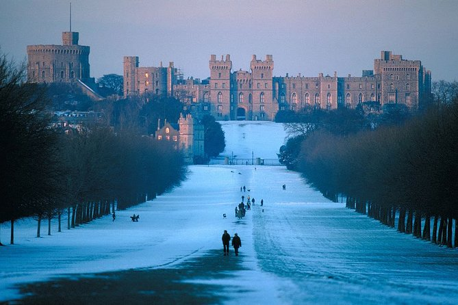 Salisbury, Stonehenge, Bath and Windsor at Dusk with Traditional Christmas Lunch