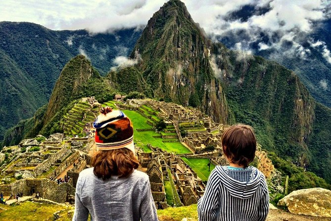 4-day tour of Machu Picchu and Laguna Humantay + 2-star hotel