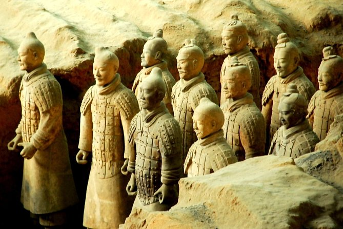 All Inclusive Xi'an Private Day Tour with Terra-cotta Warriors and City Wall