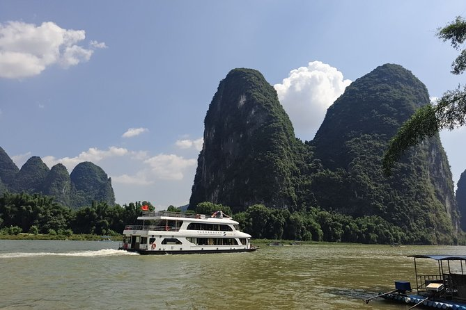 3-Star Li-River Cruise boat ticket and River Wharf Transfer from Yangshuo hotel