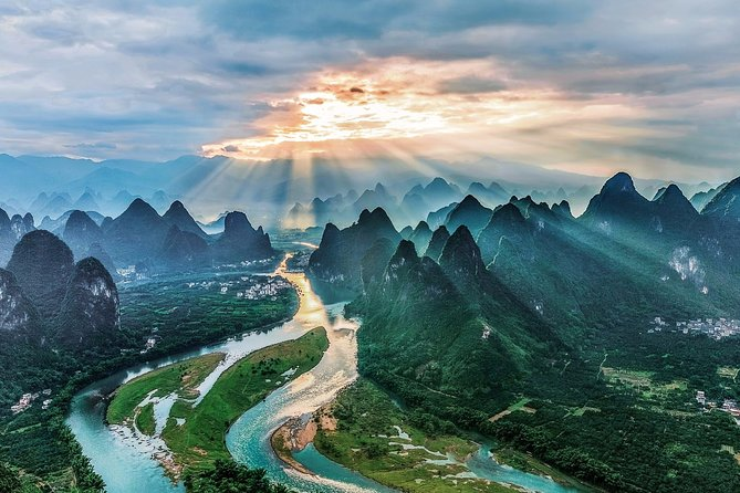 3-Day Private Guilin Tour:City Highlights,Longji Rice Terrace,Cruise to Yangshuo