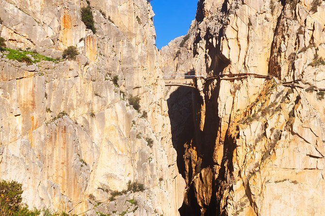 Caminito del Rey Guided Hike & optional Kayak at El Chorro Small-Group Day Trip