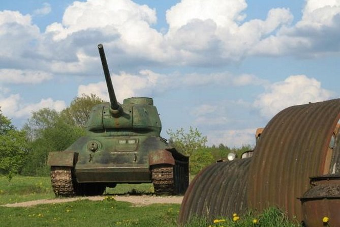 Full-Day Private Trip to Nuclear Missile Base and Secret Soviet Bunker