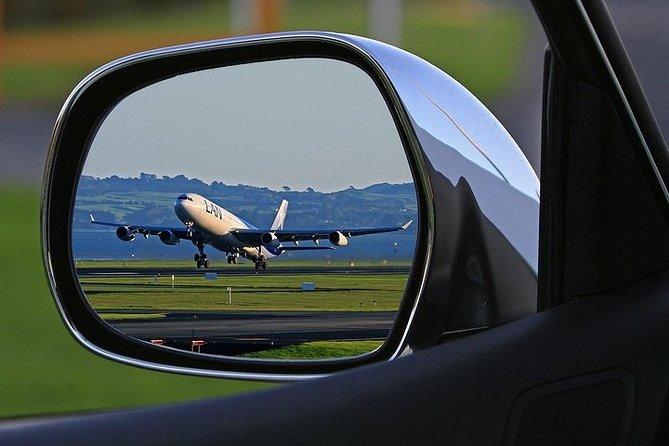 Private Departure Transfer: Sofia City Center to Sofia Airport