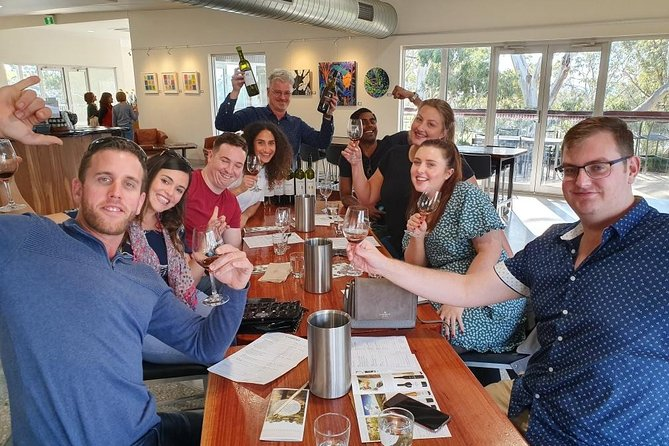 Barossa Valley Wineries Tour with Tastings and Lunch from Adelaide
