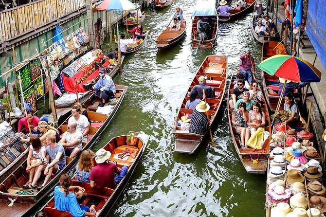 Private Amphawa Floating Market and Maeklong Railway Market Fireflies Day Tour