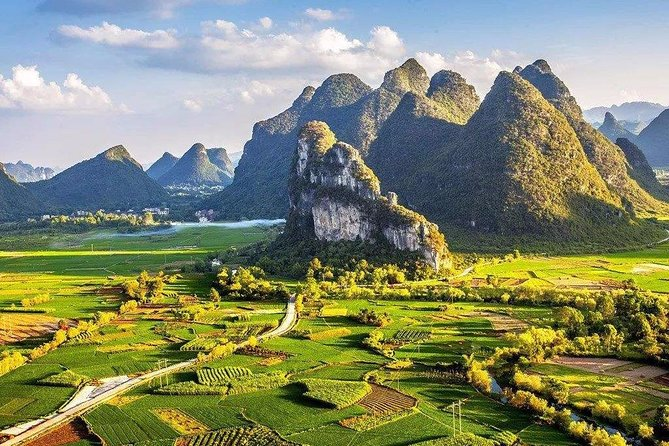 7-Day Private China Tour from Shenzhen: Beijing, Xi'an, Guilin and Shanghai