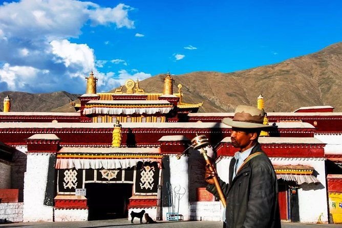 6-Day Small Group Lhasa and Yarlung Tsangpo Valley Tour