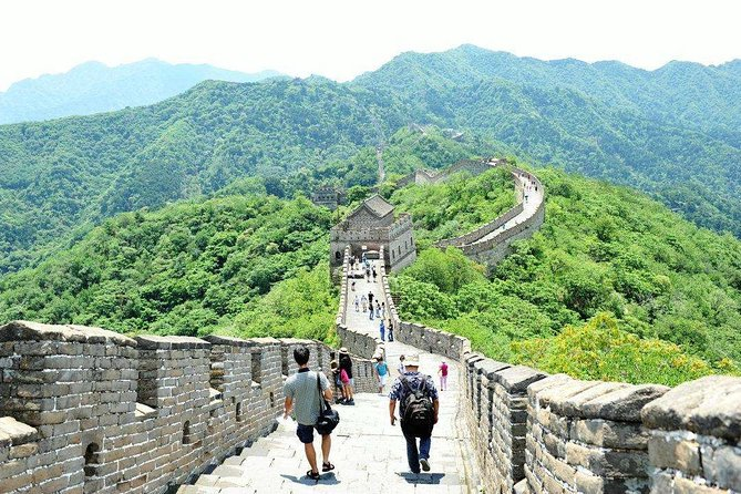 Great Wall Self-Guided Tour from Hangzhou by Bullet Train with Local Transfer