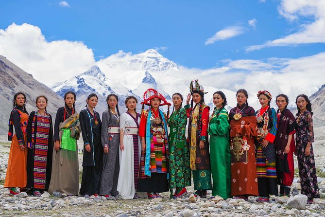 10-Day Small Group Lhasa, Everest Base Camp and Yamdrotso & Namtso Lake Tour