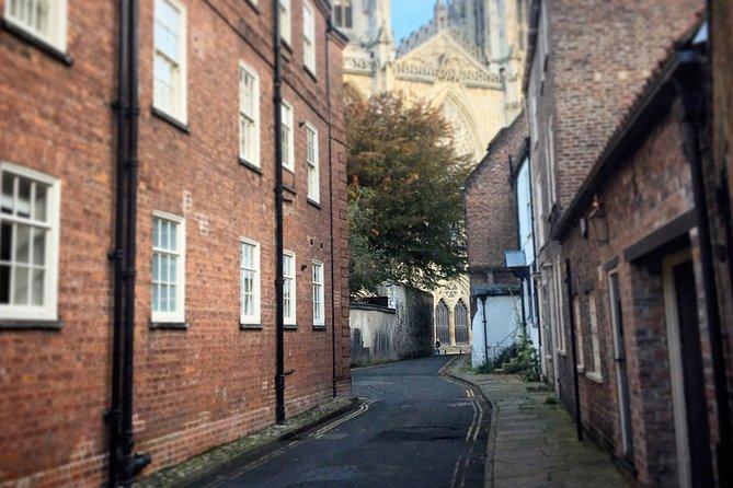 Follow a stunning route along beautiful streets