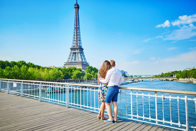 Guided Day Trip to Paris from London-includes Eiffel Tower, River Cruise, Louvre