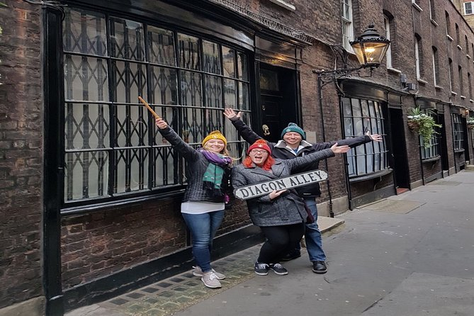 Harry Potter's Lacock and Oxford Taxi Tour