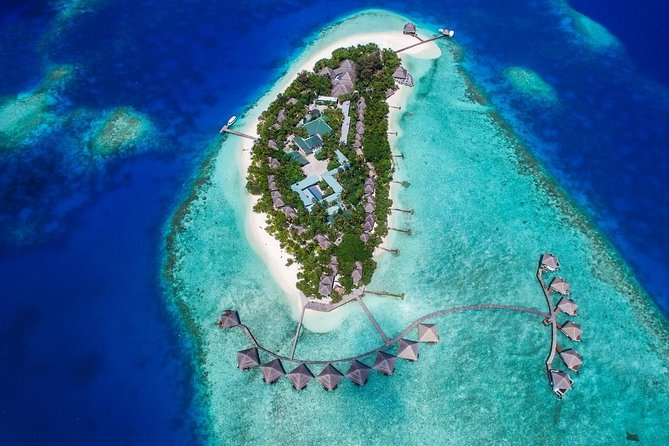 Maafushi: Adaaran club Rannalhi resort day trip