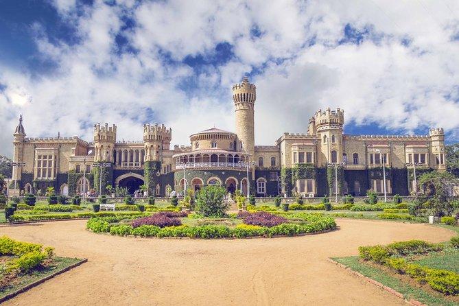 Hubli to Hampi, Belur, Halebedu, Mysore & Bangalore Tour