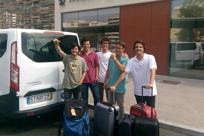 Lisbon Airoport Private Transfer To Algarve ( 8 Seats Van )