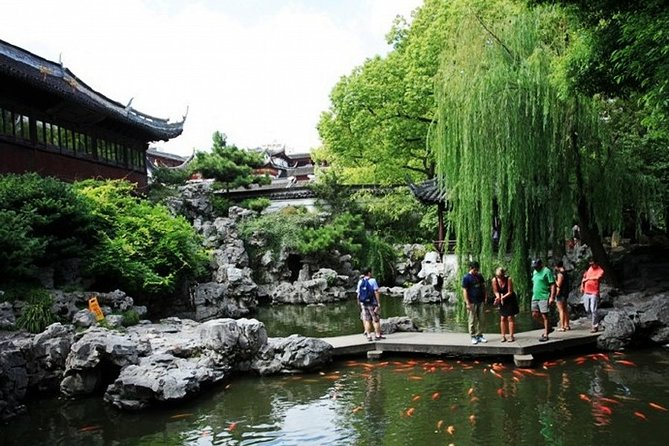 4-Hour Shanghai Best Temple and Garden Private Tour