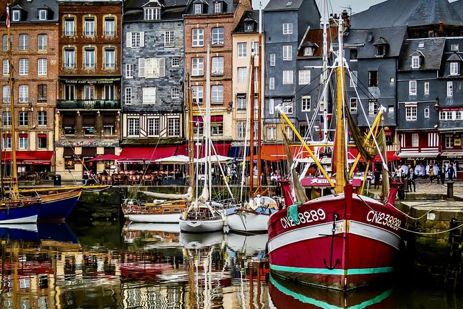 Private Normandy Guided day trip from Paris by Minivan with Calvados tasting