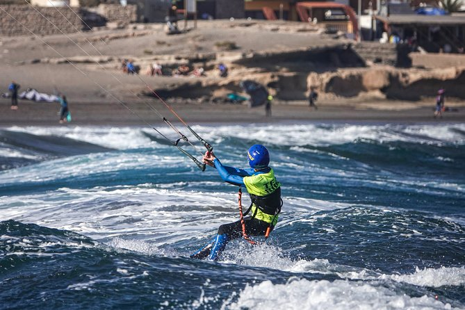 4-Day Private Kitesurfing Lessons for Beginners in Tenerife