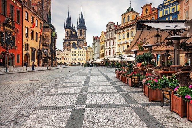 Prague Departure Private Transfer from Prague City to Prague Airport PRG