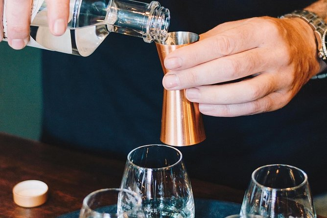 Premium Cider, Wine & Whiskey Tour - Small Group Full-Day Tour from Perth
