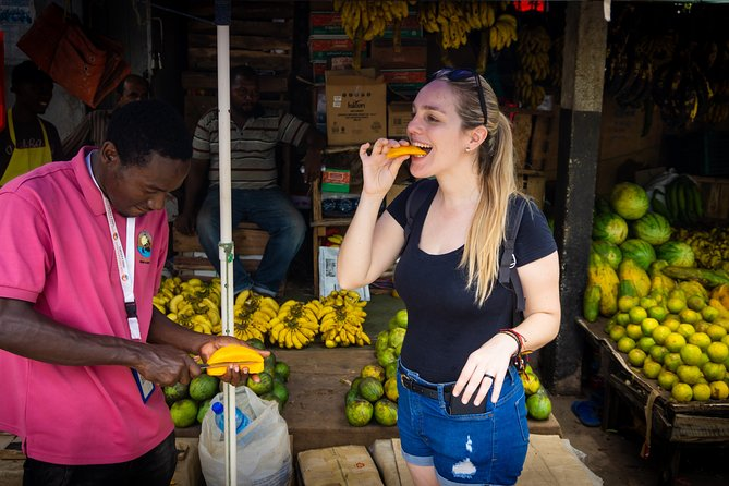 Evening Guided Tour With Local Food (Test of Zanzibar)