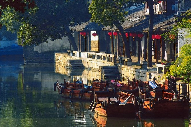4-Hour Tongli Water Town Private Tour from Suzhou with Boat Ride