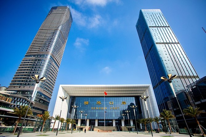 Private Arrival Transfer: Zhuhai Hengqin Port to City Hotel