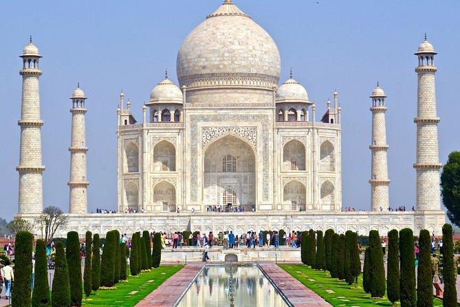Private Guided Walking Tour of the Taj Mahal