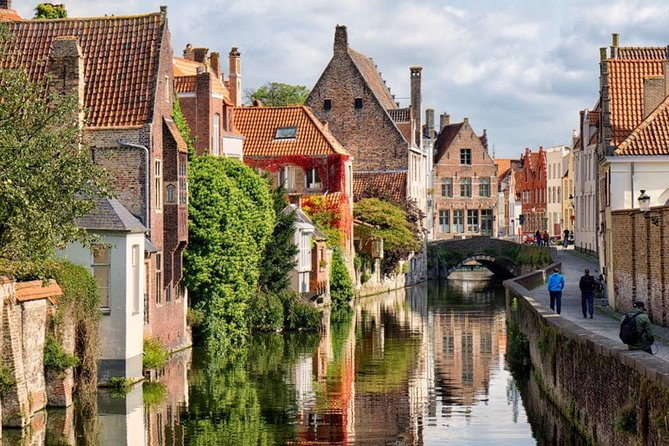 Brugge — Ghent Guided small-group by Minivan from Paris with Beer Tasting