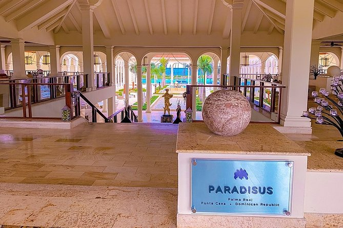 Punta Cana (PUJ) to ROYAL SERVICE AT PARADISUS PALMA REAL ROUND TRIP