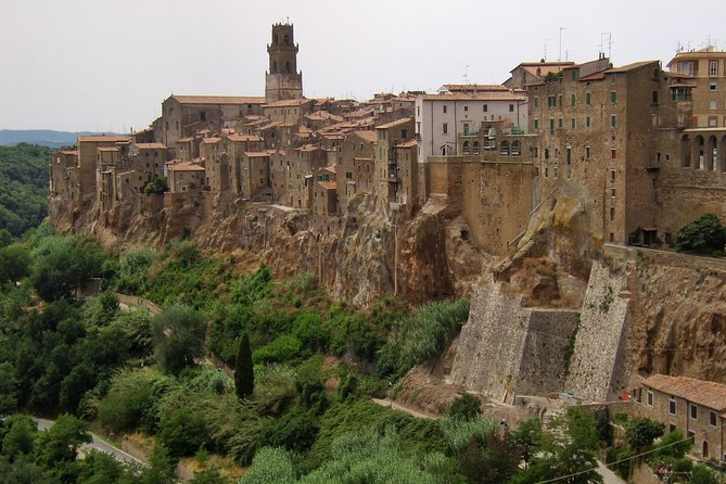 Private tour of Pitigliano and Etruscan cave routes