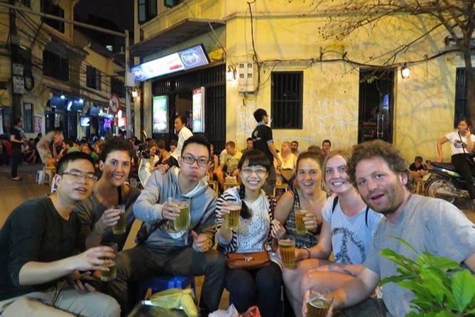 Hanoi Street Food Taste and learn about Hanoi lifestyle