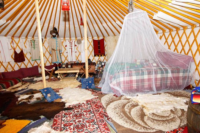 Private ECO Relaxation in a Yurt