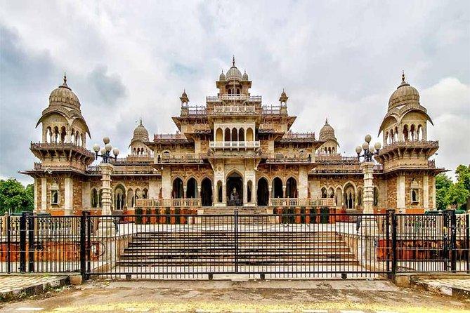 Jaipur sightseeing (01Night 02Day)