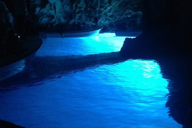 Blue Cave, Blue Lagoon, Hvar island and ShipWreck - private boat tour