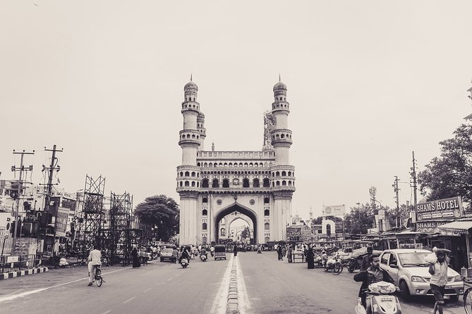 Hyderabad: Full day Private Tour with entrances
