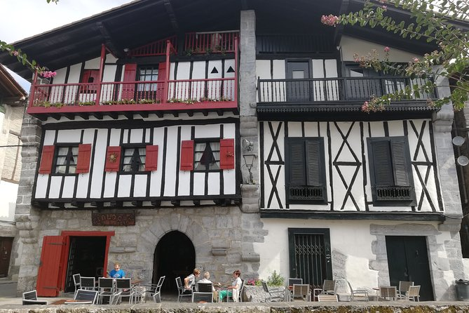 Unspoiled FRENCH BASQUE COUNTRYSIDE - Private Cultural Adeventure