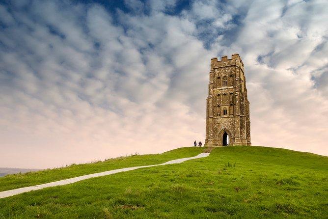 Private tour visiting Stonehenge, Glastonbury and Avebury