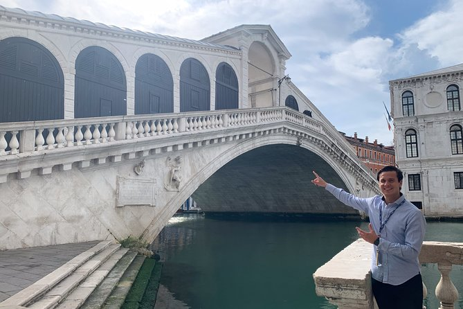 The Secret Venice + Cicheti & Wine Private Tour