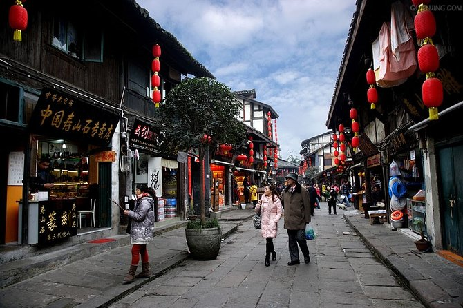 Chongqing One Day Dazu Rock Carvings and Ciqikou